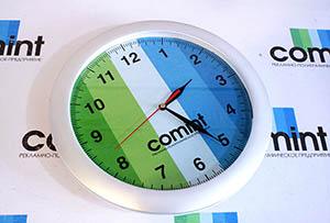 Настенные часы с полиграфической вставкой